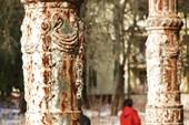 2014-03-22 Усадьба Михайловское. Колонны главного входа