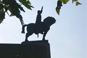 Памятник Вахтангу Горгасалу