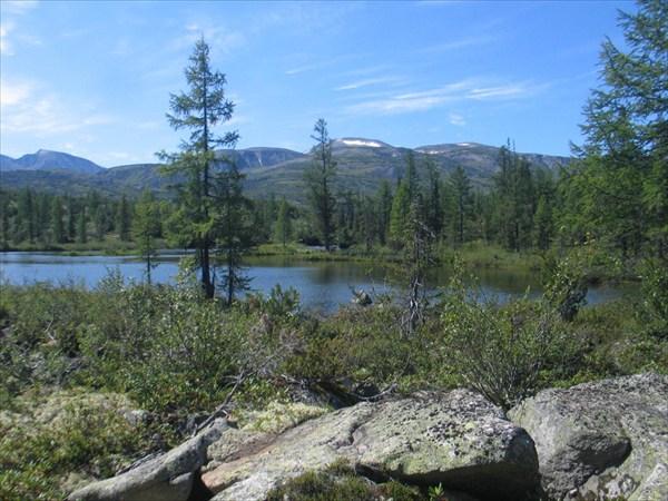 Фото 25. Озеро на Тыкме, у которого мы потеряли тропу