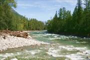 Фото 42.  Шиверы после Чипчикона. Слева впадает ручей Мивоки