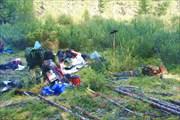Фото 34. Усталые путники у устья Илогири. Пешая часть закончена