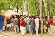 Жители Асколе в надежде получить работу портера в нашей группе