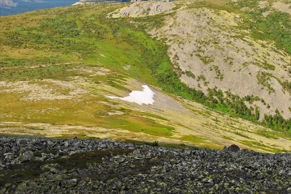 Вид с вершины Мартая на С.