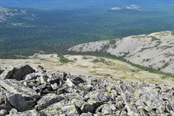 Вид на западный склон с ГУХ