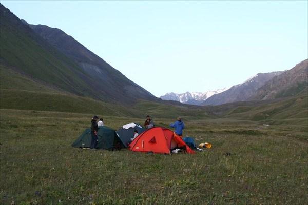 Тиха киргизская степь...
