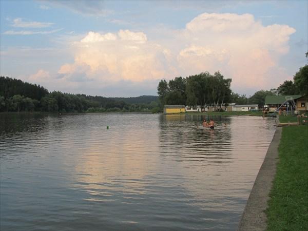 Озеро в Едовницах