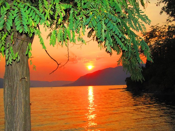 Закат около Тивата