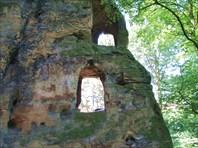 Скала возле Валесова замка