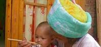 Детка с лапшой