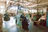 На фабрике Хохломской росписи (токарный цех)