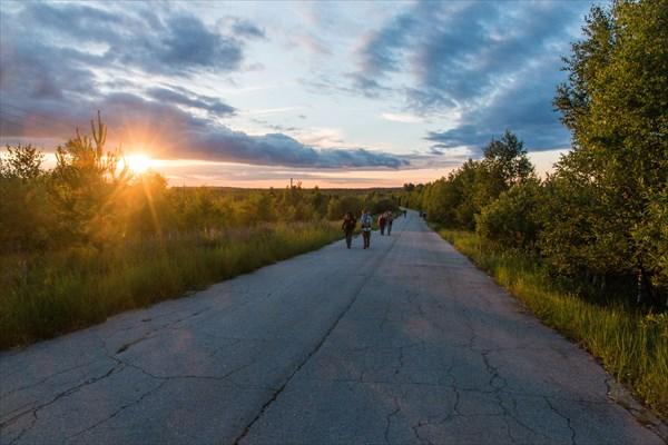 В пути на закате