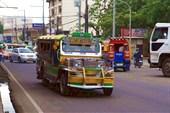джипни - национальный транспорт Филиппин. город Себу
