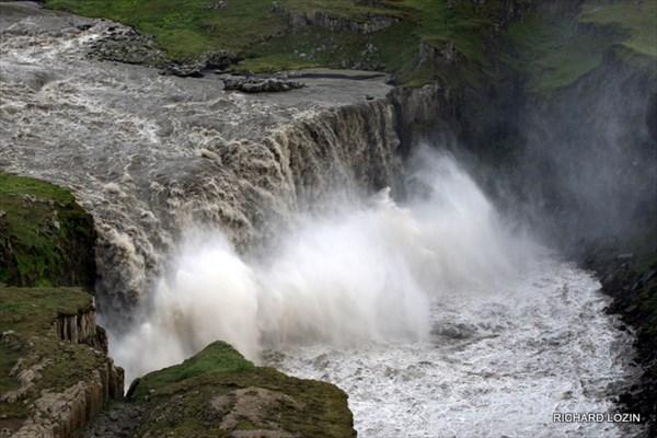 Водопад ниже по течению после Детифосса, Hafragilsfoss