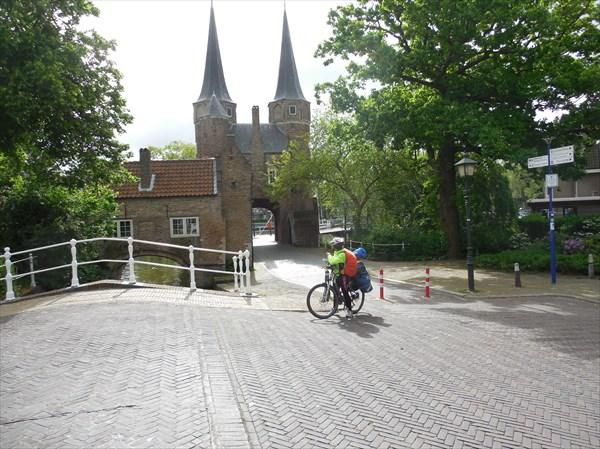 Восточные ворота Делфта( Oosterpoort)