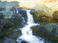 Нижний водопад на Тулбнюнуае