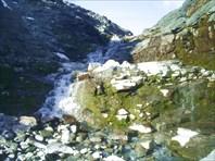Верхний водопад на Тулбнюнуае