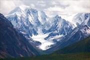 Высокогорное плато Карасу. Вид на вершину Маашей - Баш.