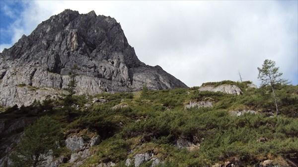гора слева