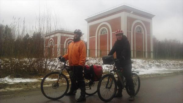 Едем вдоль Акуловского водовода