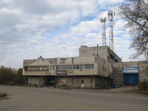 Бывший Красномайский стекольный завод