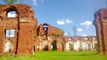Руины казарм в Селищах