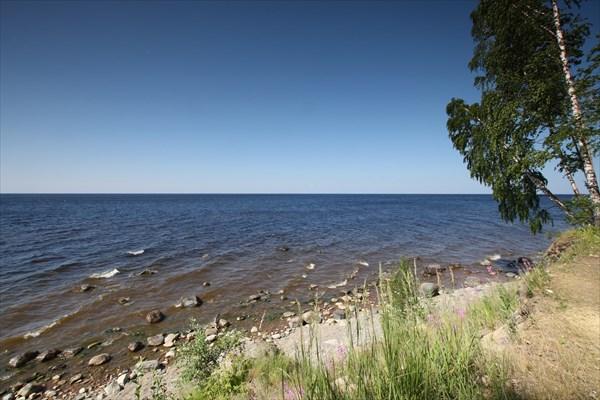 Стоянка на берегу Онежского озера