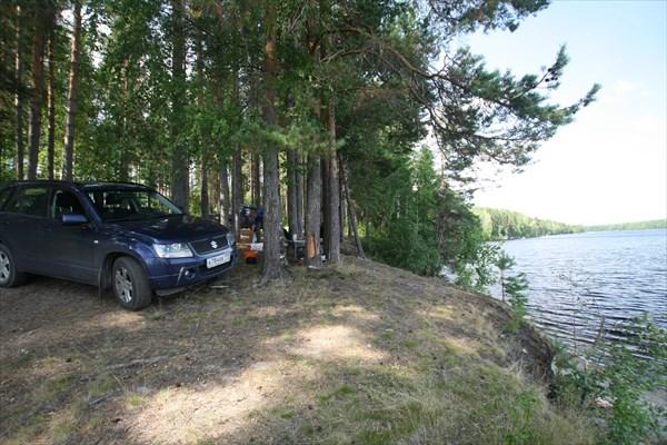На озере Сандал
