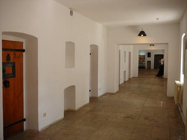 Монастырская тюрьма