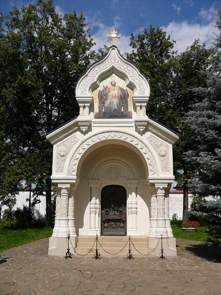 Восстановленная усыпальница Пожарских и Хованских