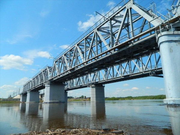 Лесогорск, мост через Чуну.