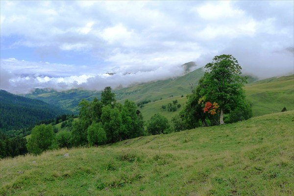 Начало осени в горах