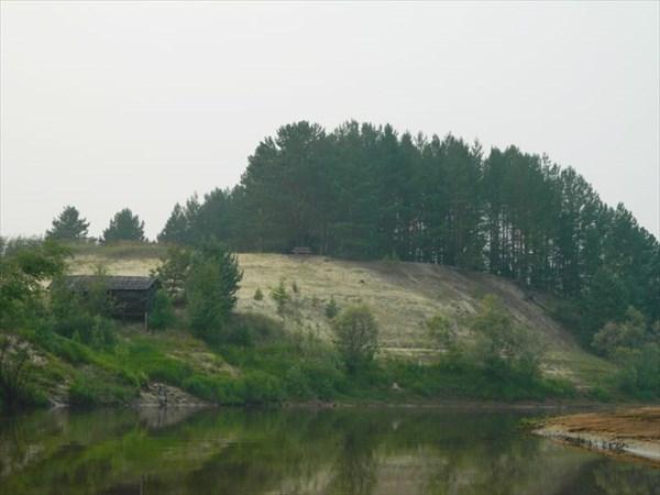 Р.Озерная, яр у Усть-Озерной.