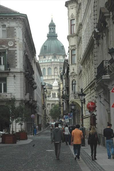 По дороге к базилике Св.Иштвана
