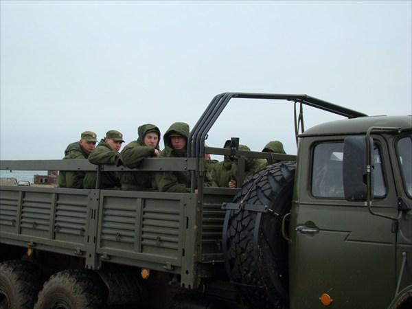 Отправка роты на место ловли краба