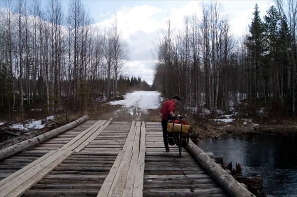 Мост между озерами