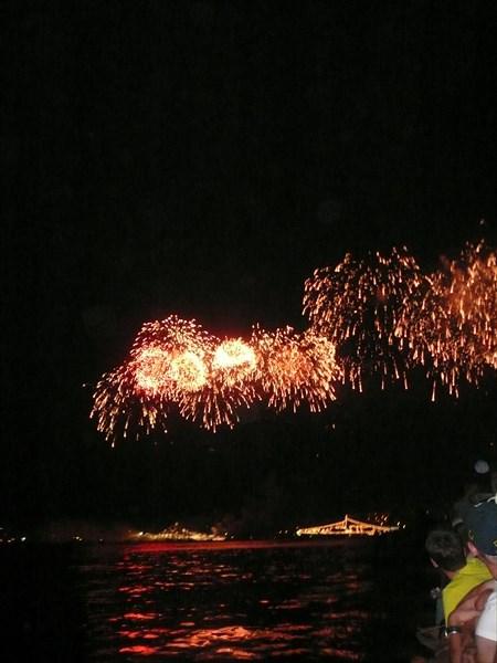 Салют в день ВМФ РФ Артиллерийская бухта, Севастополь