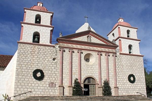 Старая католическая миссия в Санта-Барбаре