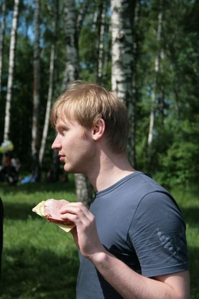 Павел с перекусом