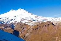 Эльбрусы, безоблачная погода. Вид с Чегета, 2800м