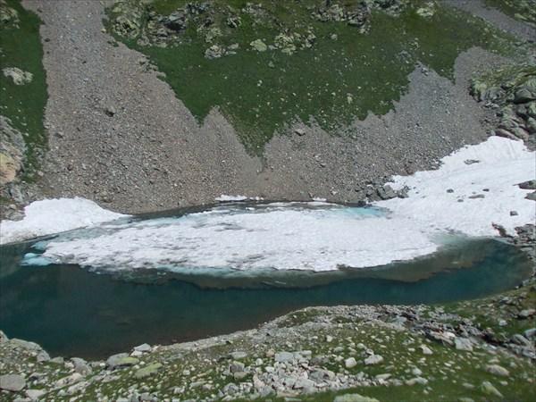 Ледник в оз. Синеглазое