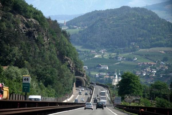 Автобан. Австрийские Альпы.