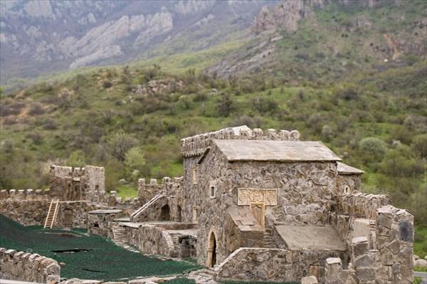 Реконструкция крепости.