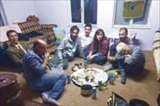 Ужинаем с автостопщиками Сарой и Мишей в гостях у сельчан