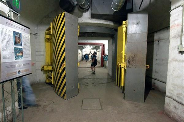 Дверки для бомбы в 11 мегатонн