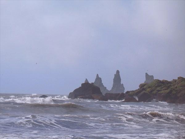 Скалы в окрестности местечка Вик