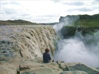 На водопаде Детифосс (Dettifoss)