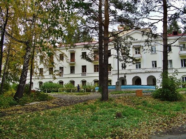 Корпус санатория Еловое.