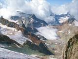 Вид с пер.Седло на верховья Кичи-Муруджу