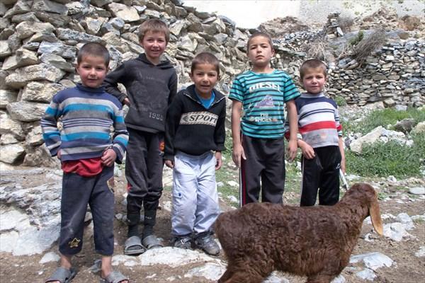 Детишки из Сарипуля
