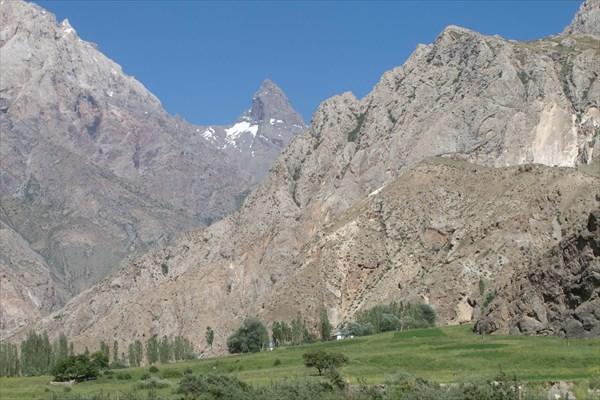 К перевалу Анзоб